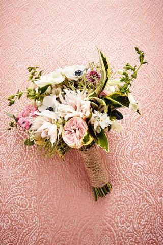 2834021-brides-24mar16_natowelton_b_320x480